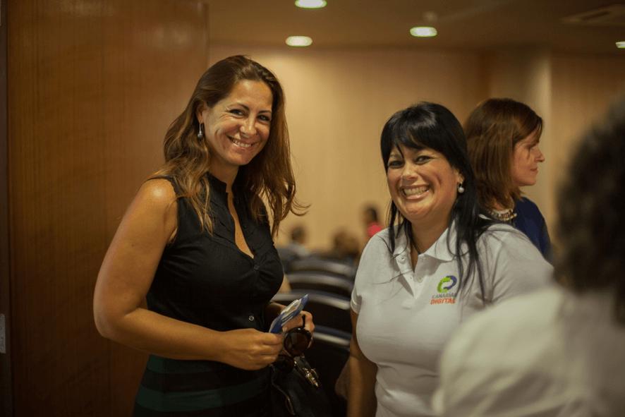 Doña Dácil León y Adriana González